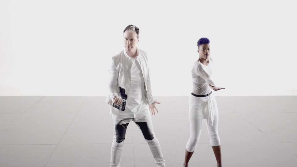 F334.Fitz and The Tantrums – HandClap-[195M.mp4-1080P].mp4_20191101_035452.209.jpg