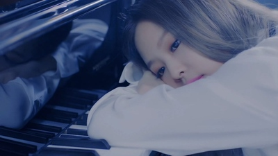 BLACKPINK - PLAYING WITH FIRE-[330M.mp4-2160P]